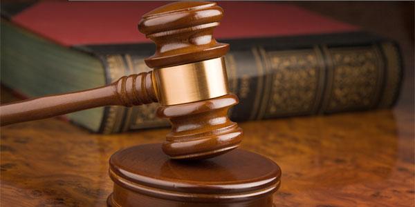 По уголовному делу частного обвинения суд вправе взыскать процессуальные издержки